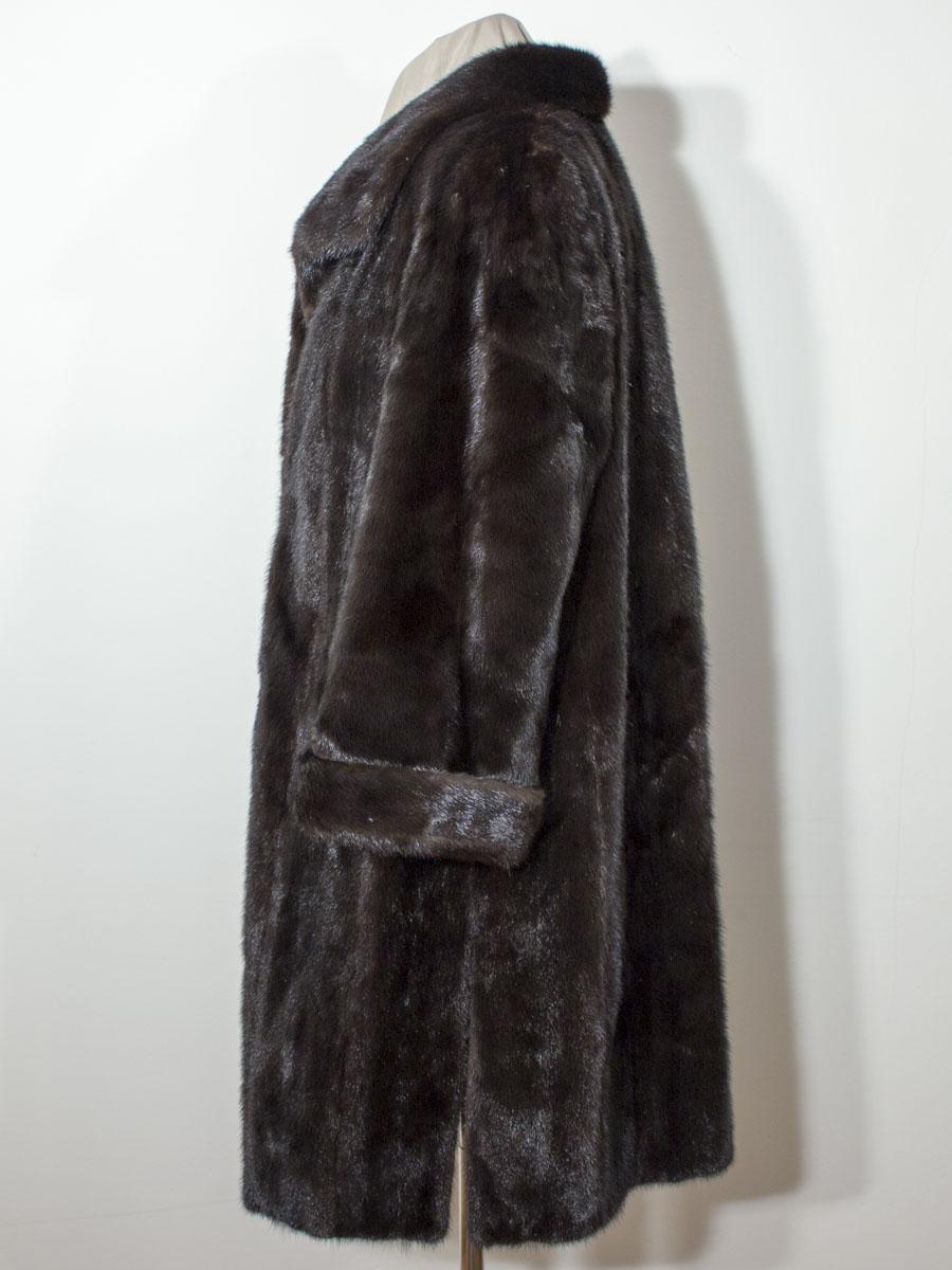 132e993b49c Černý norkový kožich - NORKOVÝ KOŽICH