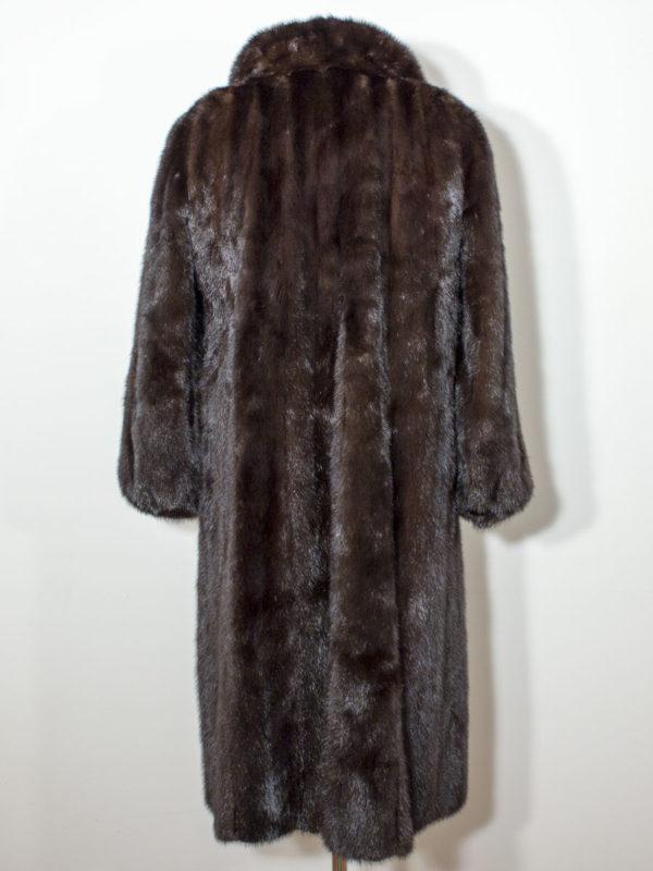 Norkový kožich se štěpeným límcem D1802131
